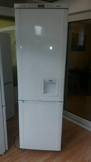 Samsung fridge freezer fully working 7 months guarantee and free delivery