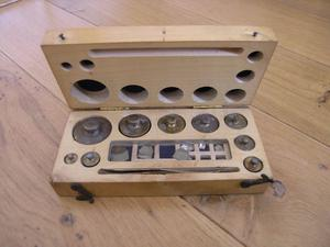 Scientific Wood Boxed Weights Weymouth Free Local Delivery