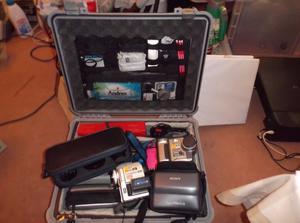 Sony digital mavica (MVC-FD90) still camera and Sony Handycam (DCR-PC110E) video, Cw lenses and case