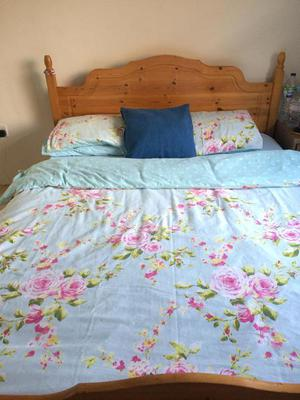King size wooden cot and reflex mattress in excellent
