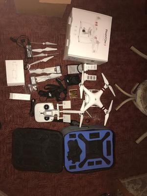 DjI Phantom 3 STANDARD (USA) FCC + A Lot Of accessories.