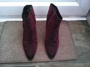 3 PAIRS OF WOMENS BOOTS SIZE 5 ALL EXCELLENT CONDITION
