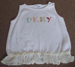 BEAUTIFUL BABY GIRLS DKNY SLEEVELESS TOP - AGE 3M