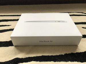 ***BRAND NEW***  Apple MacBook Air 13.3″ Notebook Core i5 1.8 GHz 8 GB RAM 128 GB SSD - Silver
