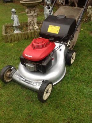 Bargain Honda wide cut self propelled mower