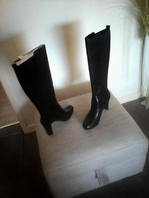 Brand new unworn Clarks black leather knee high boots size 8