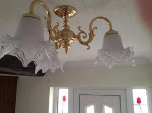 Brass light fitting with 3 pendant shades
