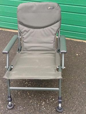 Cyprinus Whole Hog Chair Cyprinus Whole Hog Posot Class