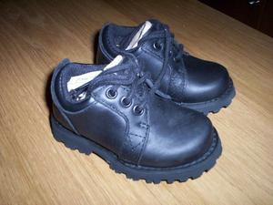 GENUINE TIMBERLAND LEATHER INFANT/ SHOES SIZE 4 UK BLACK NEW