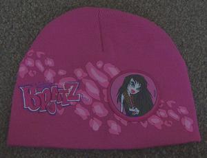GIRLS PINK BRATZ KNITTED HAT AGE 4/8 YRS