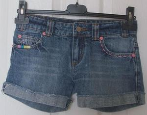 GORGEOUS GIRLS DENIM SHORTS BY DENIM & CO - AGE 9/10 YRS