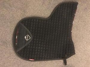 Le Mieux Pro Sport Dressage Numnah Black