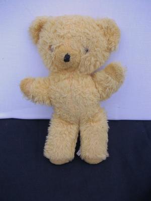 PEDIGREE VINTAGE MUSICAL TEDDY BEAR.