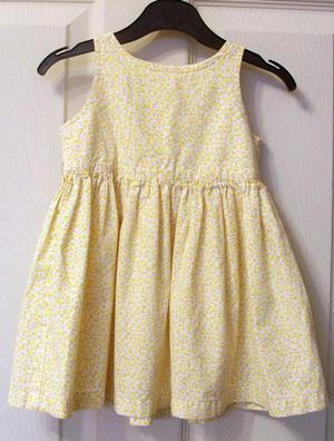 PRETTY BABY GIRLS FLOWERED DRESS & HAT SET - AGE  MTHS