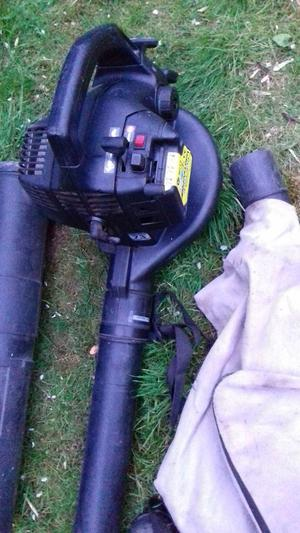 Petrol Blower & Vac McCulloch BVM 240 N213 garden