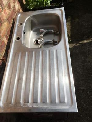 Sink with draining board in stainless steelm
