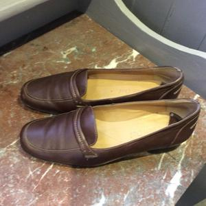 Van Dal brown leather loafers. Size 6 1/2