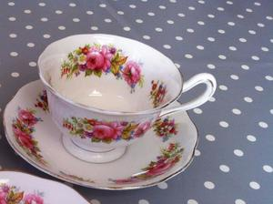 Vintage Royal Albert Bone China 'Chatsworth' Tea Cup & Saucer