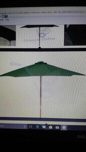 parasol.large green,round,with pulley system.