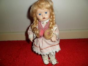 2 Porcelain doll's