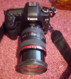 Canon EOS 5D Mark II 21.1MP Digital SLR Camera plus extras