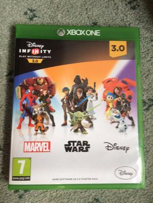 Disney 3.0 STAR WARS Starter Pack & DARTH VADER Figure