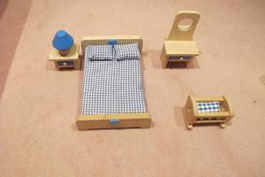 Dolls house bedroom furniture