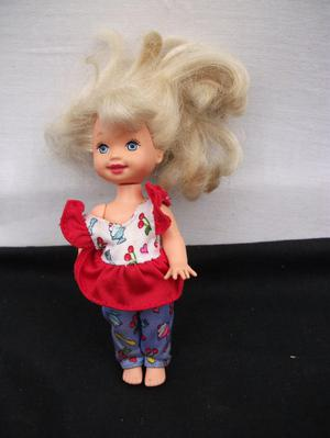 MATTEL INC. MINIATURE DOLL. MOVABLE ARMS AND LEGS