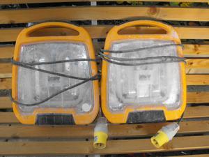 defender 110v tube lights x2