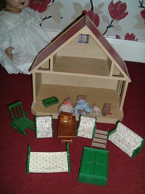 sylvan vintage dolls house