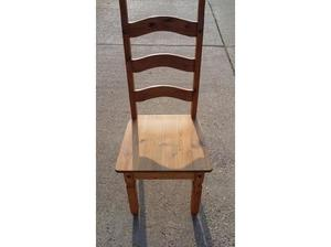 2 antique pine dining room chairs £15 for the pair in