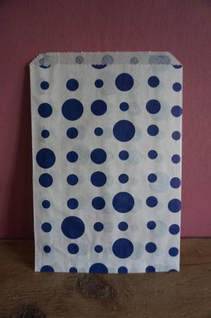 44 Pick n mix sweets bags white with navy blue dots