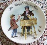 COLLECTABLE PLATE. . SERIES OF THE STREET SELLERS OF LO