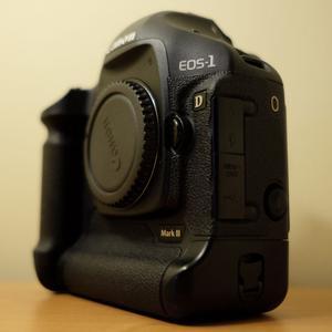 Canon EOS 1D Mark III 10.1MP Digital SLR Camera - Black