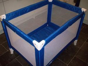 Childs Kiddicare Travel Cot