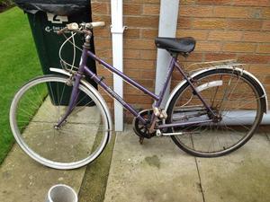 Ladies Cycle