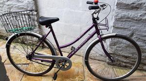 Ladies Raleigh bicycle in very good condition