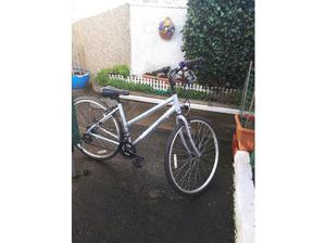 Ladies light weight bicycle in Llanelli