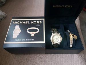 Michael Kors watch and bracelets giftset