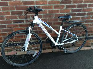 Nearly new Ladies cycle