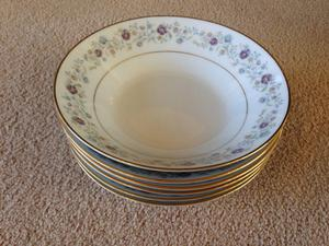 "Noritake ""Longwood"" 6 Place Fine China Dinner Service"