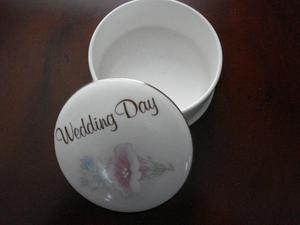 """POLLY - ANNA"" Fine Bone China ""Wedding Day"" Trinket Box"