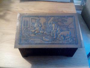 Rare Antique Biscuit tin