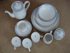 "Royal Doulton ""Regency Gold"" 23 Piece Dinner / Tea Set"
