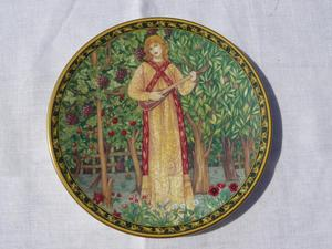 Royal Worcester plate Autumn William Morris/Orchard colltn