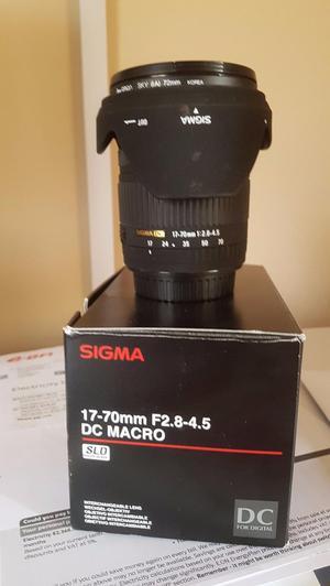Sigma mm f Macro DC Lens (Canon AF Fit)