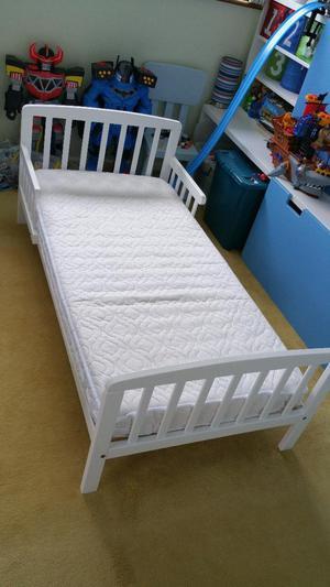 Tippitoes Junior Bed (White) + Mattress
