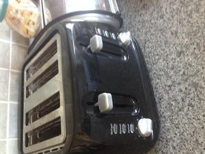 Toaster 4 slice black home kitchen catering /still in use!