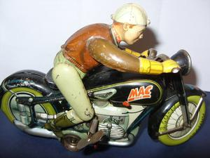 VINTAGE ARNOLD MAC 700 TIN TOY MOTOR CYCLE