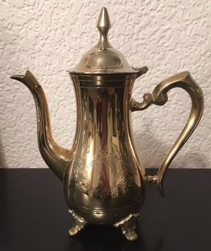 VINTAGE EPNS COFFEE POT